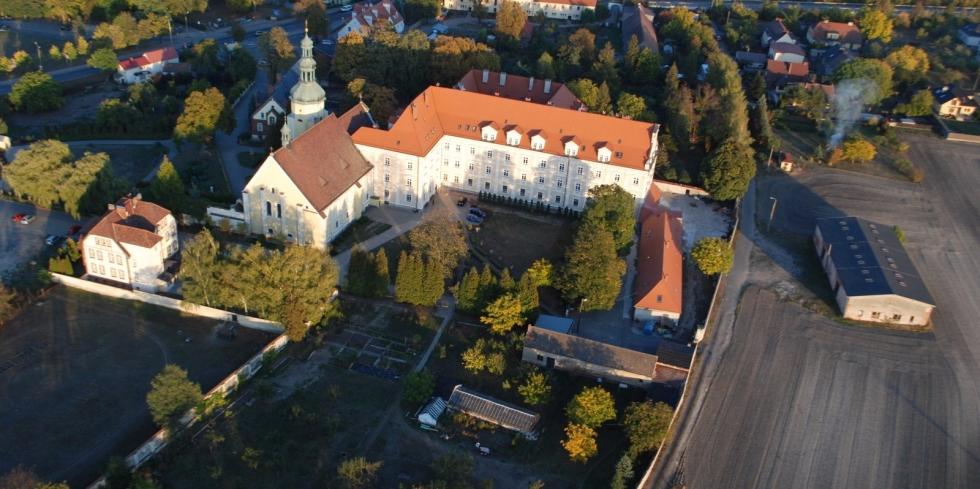 klasztor_dps_z_lotu_ptaka-011